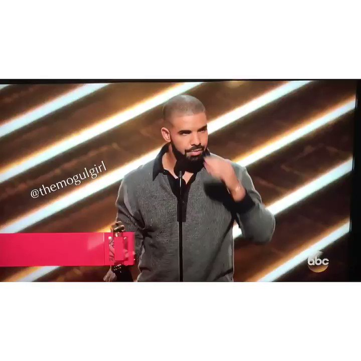 #Drake is at 12 awards for the night #BBMAs https://t.co/qei7Zk1YMV