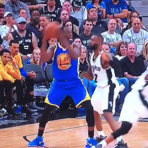 Best. Flop. EVER.   Classic Draymond 😂 #SpursWarriors #Warriors #DubNa...
