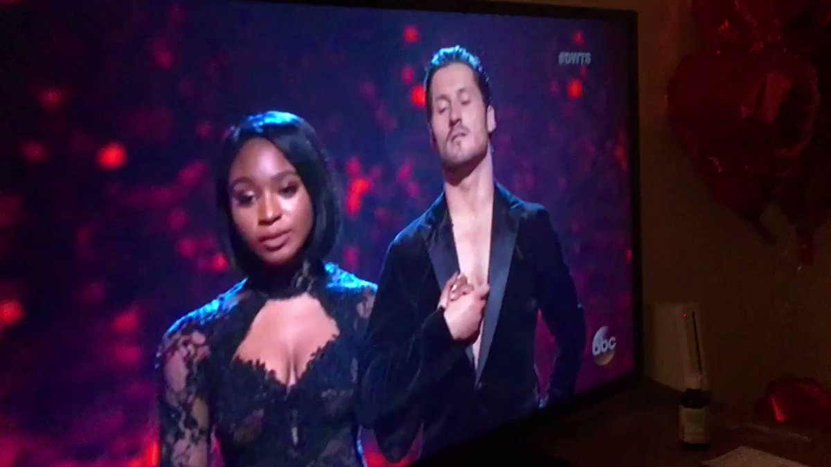Omg this is so funny😭 RT @5_wishes: NORMANI DESERVED BETTER #DWTS #DWTSFinale