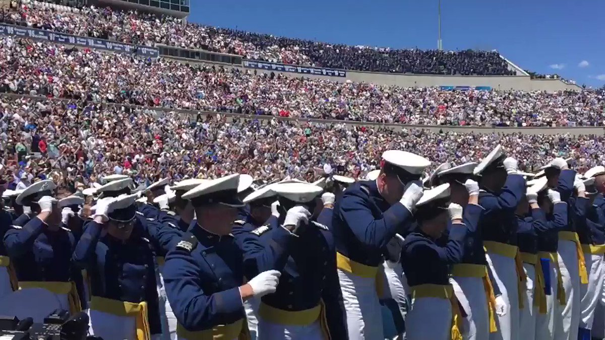 Welcome to the @usairforce! #grad2017 #usafa https://t.co/DxNrj4SqSD