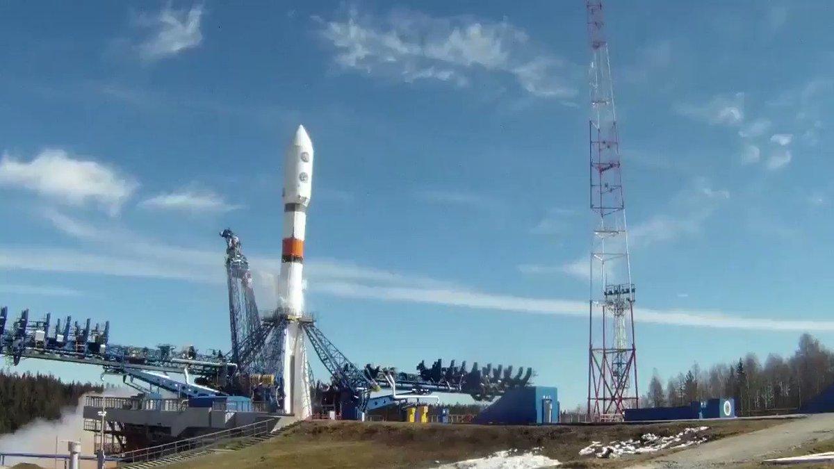 Мощь и красота: Старт с космодрома Плесецк ракеты «Союз-2.1б» со спутником минобороны