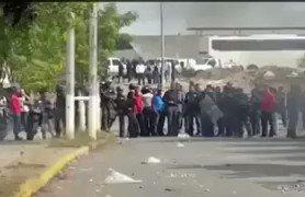 Nelson Moreno MALANDRO encargardo de Gob #Anzoategui comanda represión en #LosCortijos #Barcelona #25Mayo #Vz7