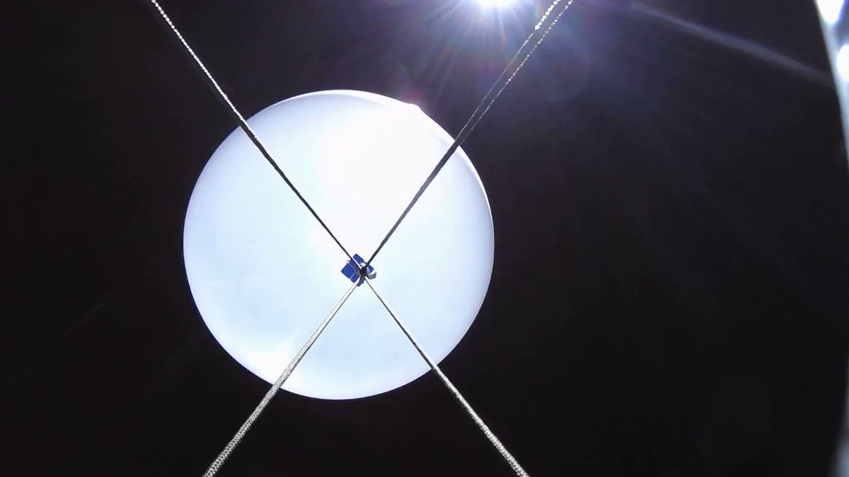 Watch out for the bang! Shot of our weather balloon exploding at 24km! @Sent_into_space #microbit
