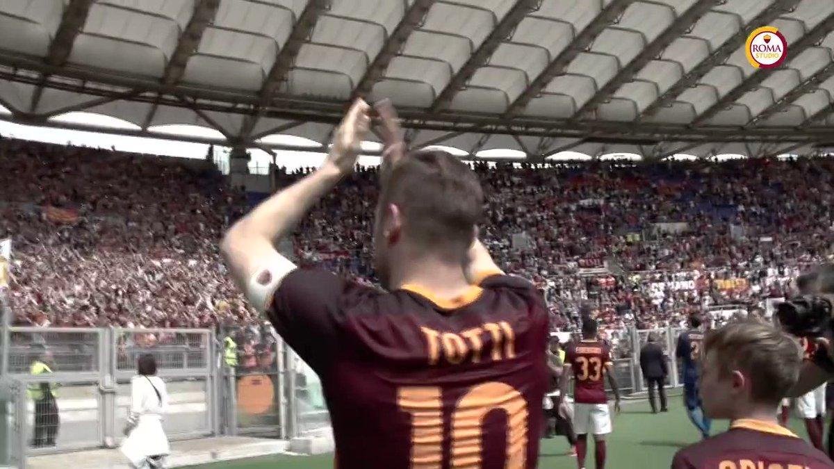 Gracias por todo, Francesco 💛❤️  @Totti   #ThanksTotti #TottiDay #10Fo...