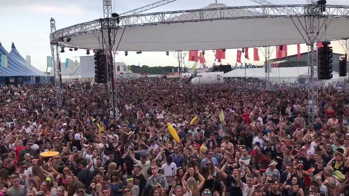 Safe to say @DefectedRecords went off @wearefstvl! @TheBasementJaxx Doing Their Thang! https://t.co/KUgG8om8fa