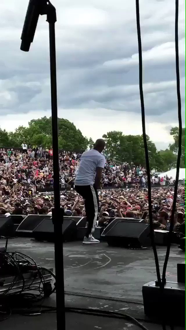 #SOUNDSET2017 @Tip is lighting up the stage! 🔥 https://t.co/p3C0d0C4t8