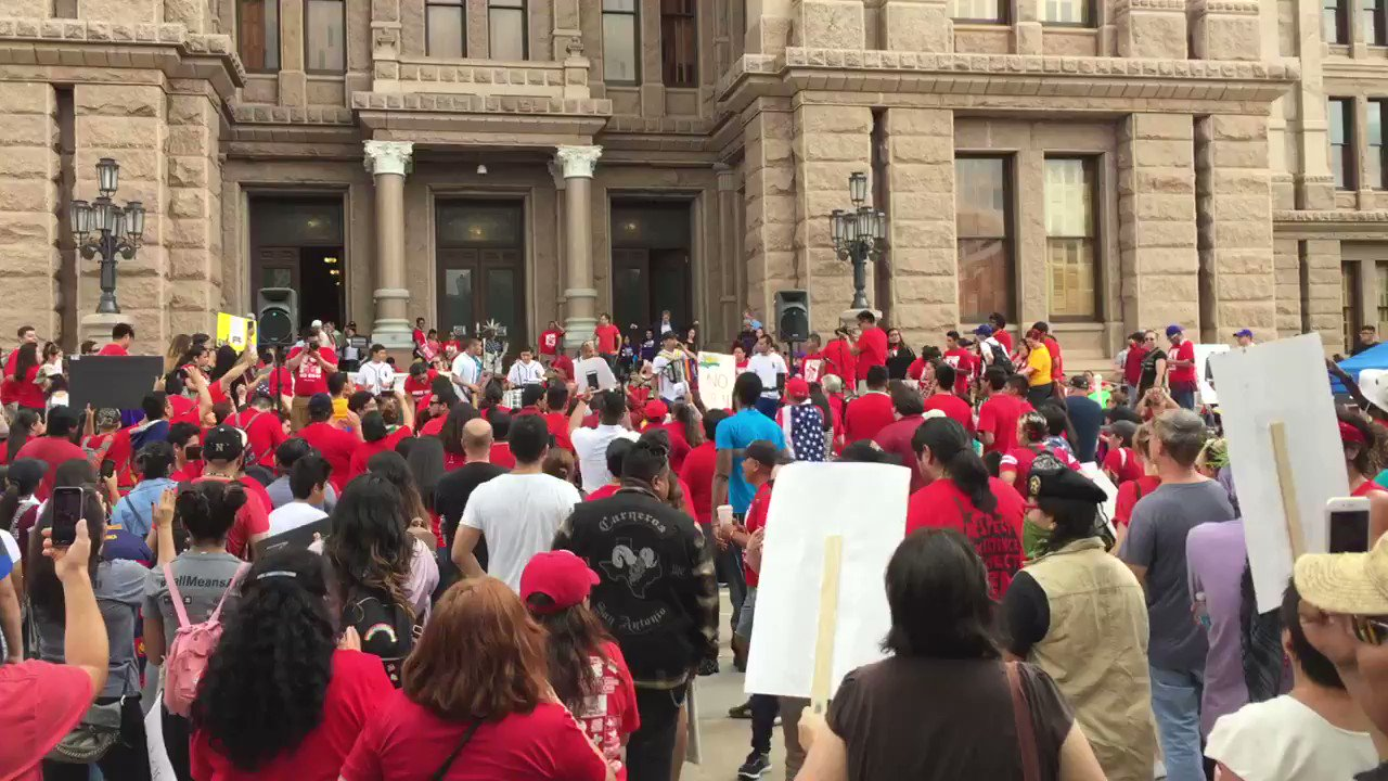 Thumbnail for 05/29/17 Advocates Protest SB4 in Austin on Last Day of Congressional Session