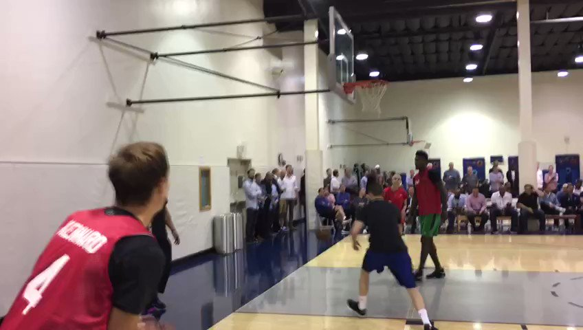 Duke's Luke Kennard putting on a shooting clinic in a gym full of NBA GMs and decision makers https://t.co/DuqmdrIBm6