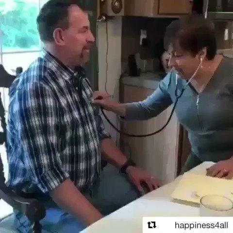 Cuando te diga que no cree en la donación de órganos, mostrale una mamá que escucha el ❤️ de su hijo en otro cuerpo https://t.co/BuDlYiTuLe