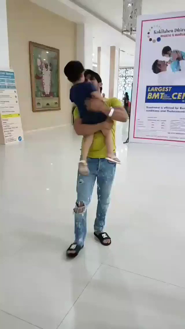 @Thearjunbijlani and his very cute sonAllah bless u #ArjunBijlaniTurkey #ArjunBijlani #ArNeha #AyaanBijlani #ArjunFamily @ArjunBijlaniFCpic.twitter.com/PDl5M85EUA