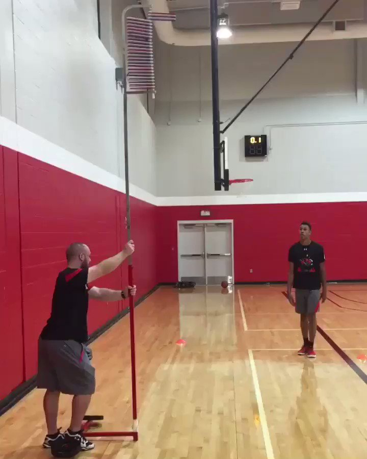 42 Vertical...The future is bright with Freshman @zhaire_smith @TexasTechMBB
