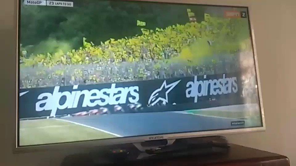 #MotoGPxESPN  😍😍 https://t.co/Y7IqtfYV9i
