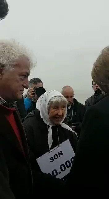 Vera Jarach habla con Merkel sobre los desaparecidos y la importancia de luchar contra el negacionismo. https://t.co/BB0CnYGXbN