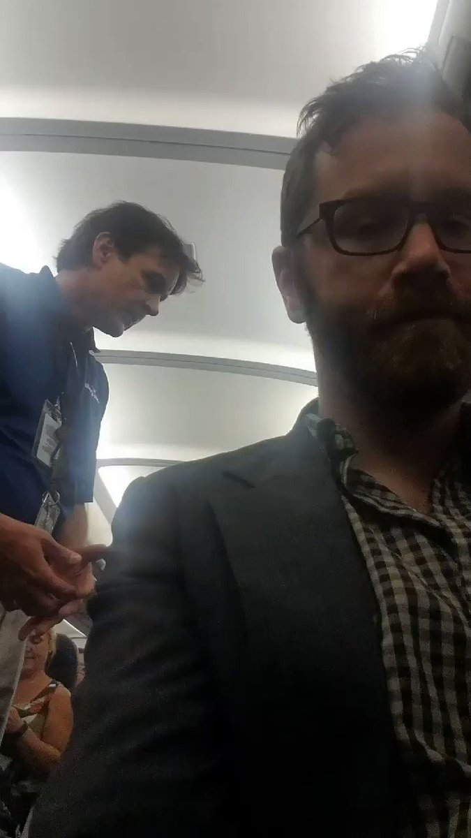 @Allegiant just threw off a calm passenger they thought might be drunk https://t.co/a2OpXhhV3F