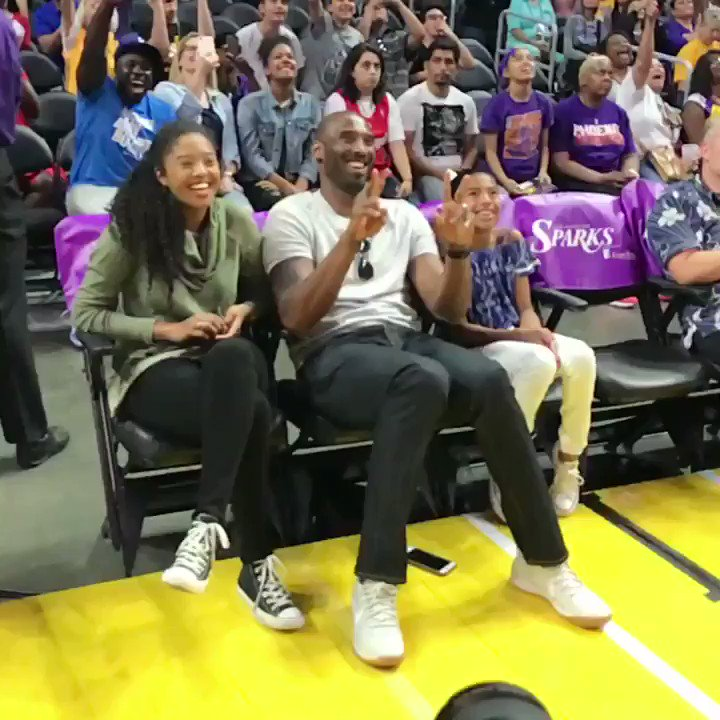 🐍 @kobebryant and daughters spending #FathersDay at @PhoenixMercury/@LA_Sparks! } #WatchMeWork