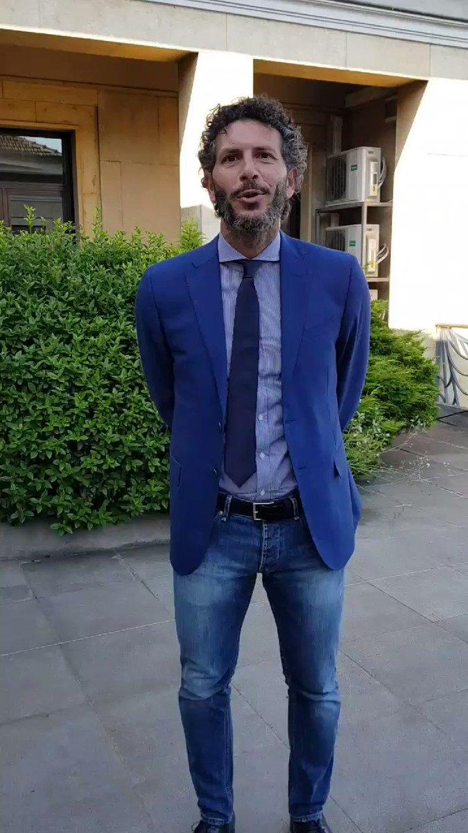 Il primo saluto di mister Dal Canto, nuovo tecnico della #Primavera, ai tifosi della Juventus! ⚪⚫ #JYouth
