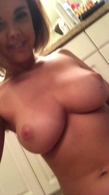 Titty Tuesday https://t.co/j7Pduipyas