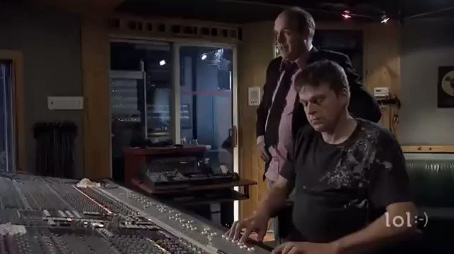 「サウンドエンジニアって何するの?」  こう聞かれたときに、たった1分で99%伝えられる動画 youtube.com/watch?v=OWoQpz…