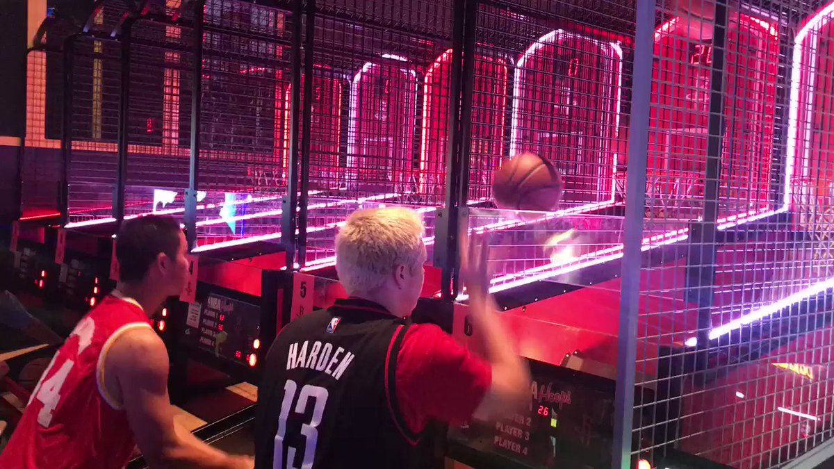 The Pop-A-Shot tourney is underway! Come on out to @MyMainEvent in Humble and hang with us at our #NBADraft Party!
