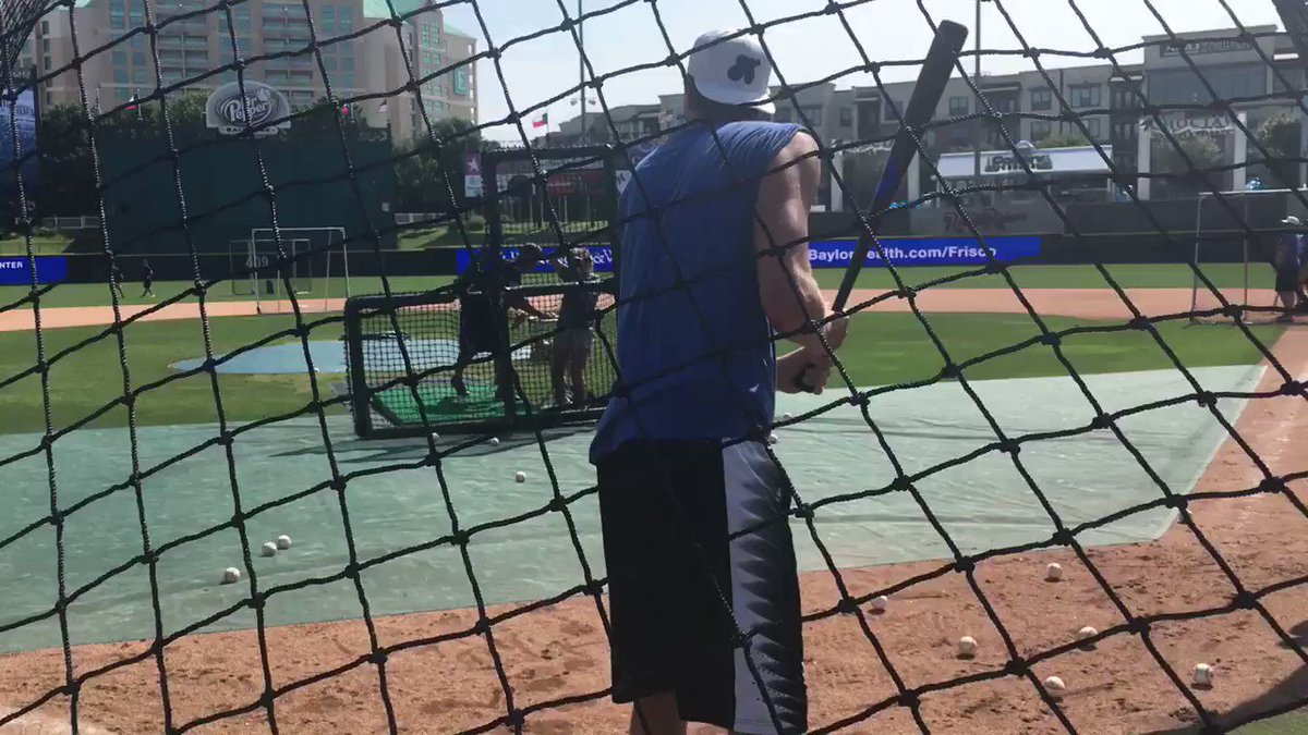 .@swish41 best BP EVER! 'Watch & learn!' He tells to Michael young...