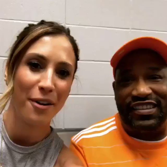 Catching up with Bun B ahead of the #TexasDerby! https://t.co/kPY0aRCw...