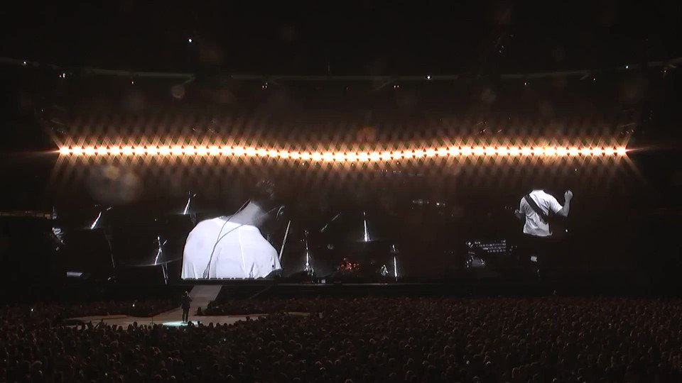 'Larry Mullen Jr. Come on!'  #U2TheJoshuaTree2017 https://t.co/hGHeNYs...