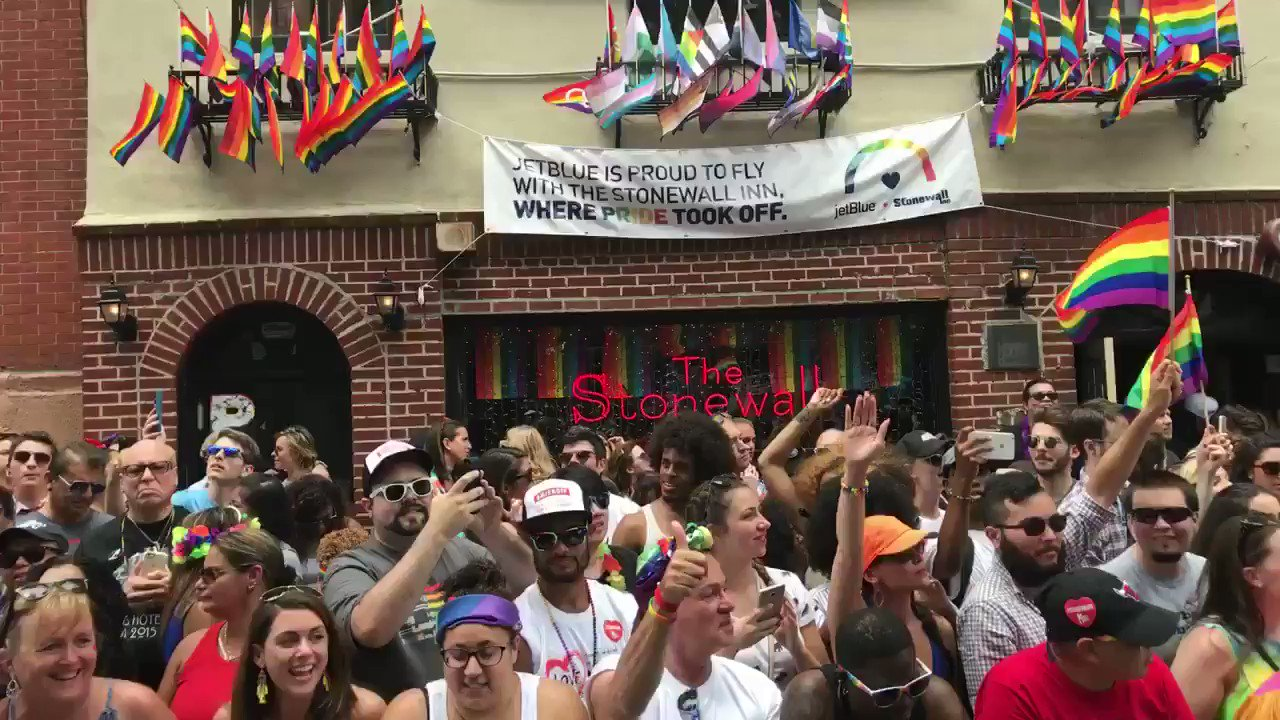 RT @ACLU: Passing @thestonewallinn during #NYCPrideParade. Fight hate, demand justice. ⚖️🌈⚖️ https://t.co/3dEouwXXIX