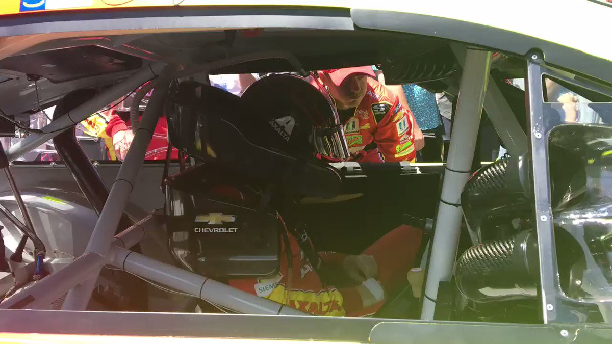 .@dalejr's ready to ride! #TSM350 https://t.co/vrVQCfpLJq