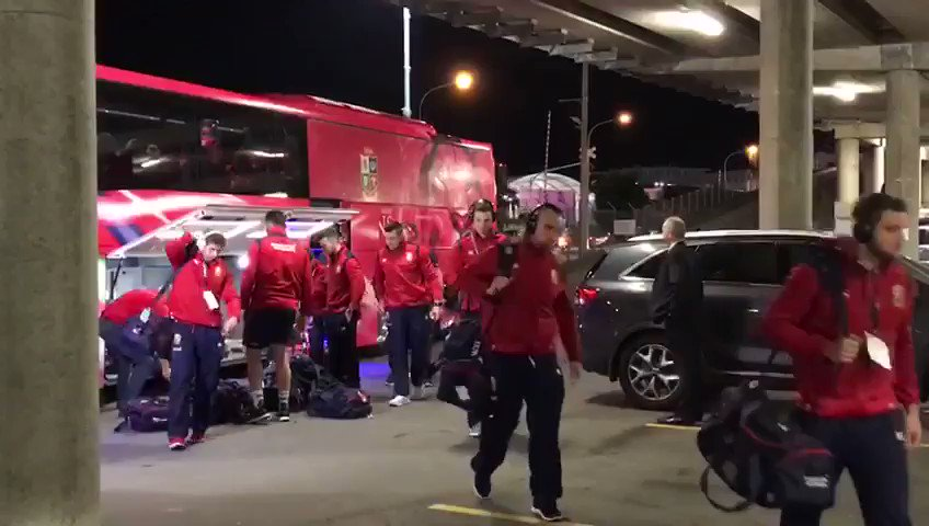 The 🦁have arrived and are ready for business! #HURvBIL https://t.co/5A...