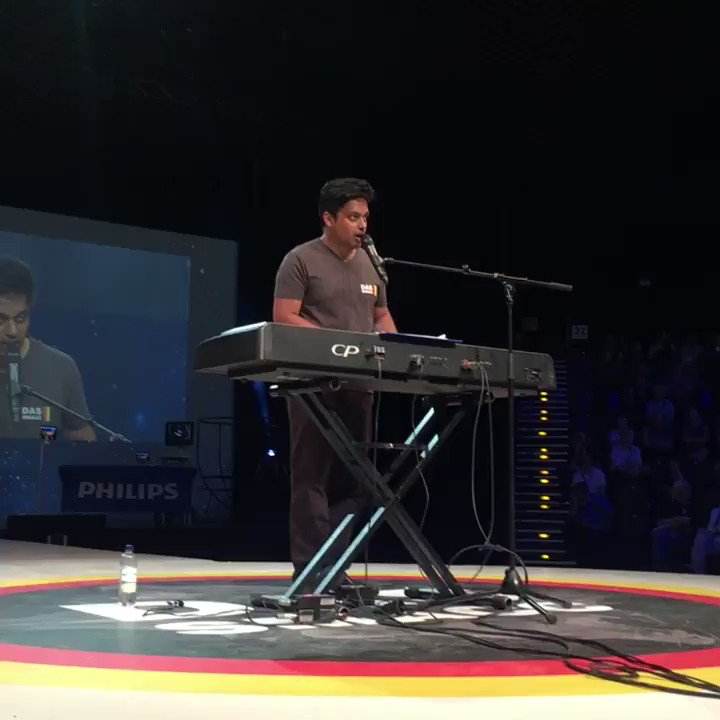 Loving @amateursuman at #dassmacc musical interlude https://t.co/kaxMA...