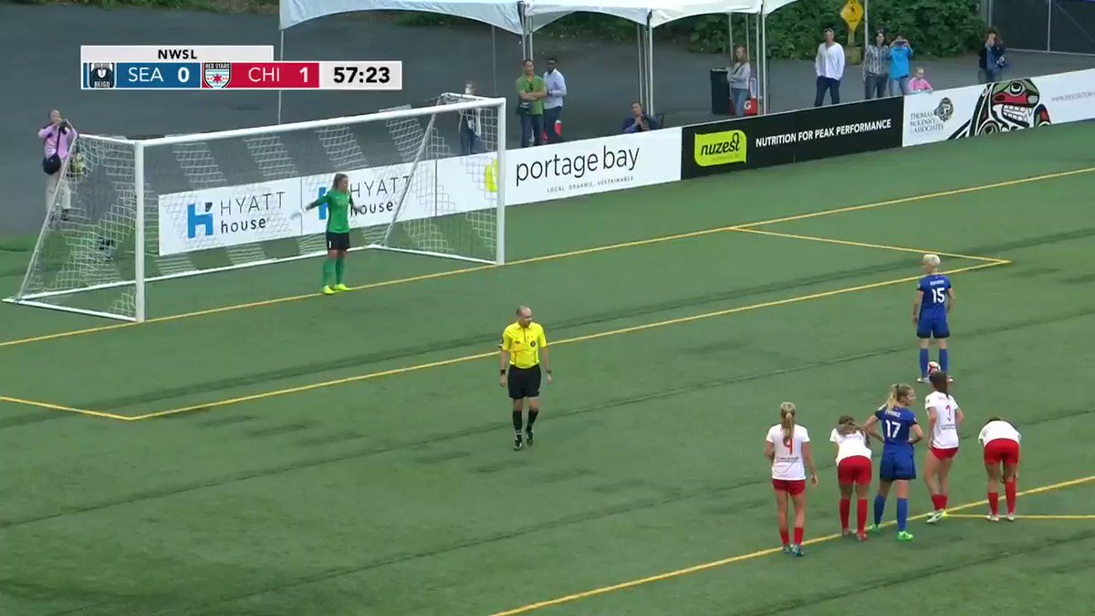 Rapinoe converts a PK to tie things up 1-1 in Seattle. 🙌 #LetItReign #...