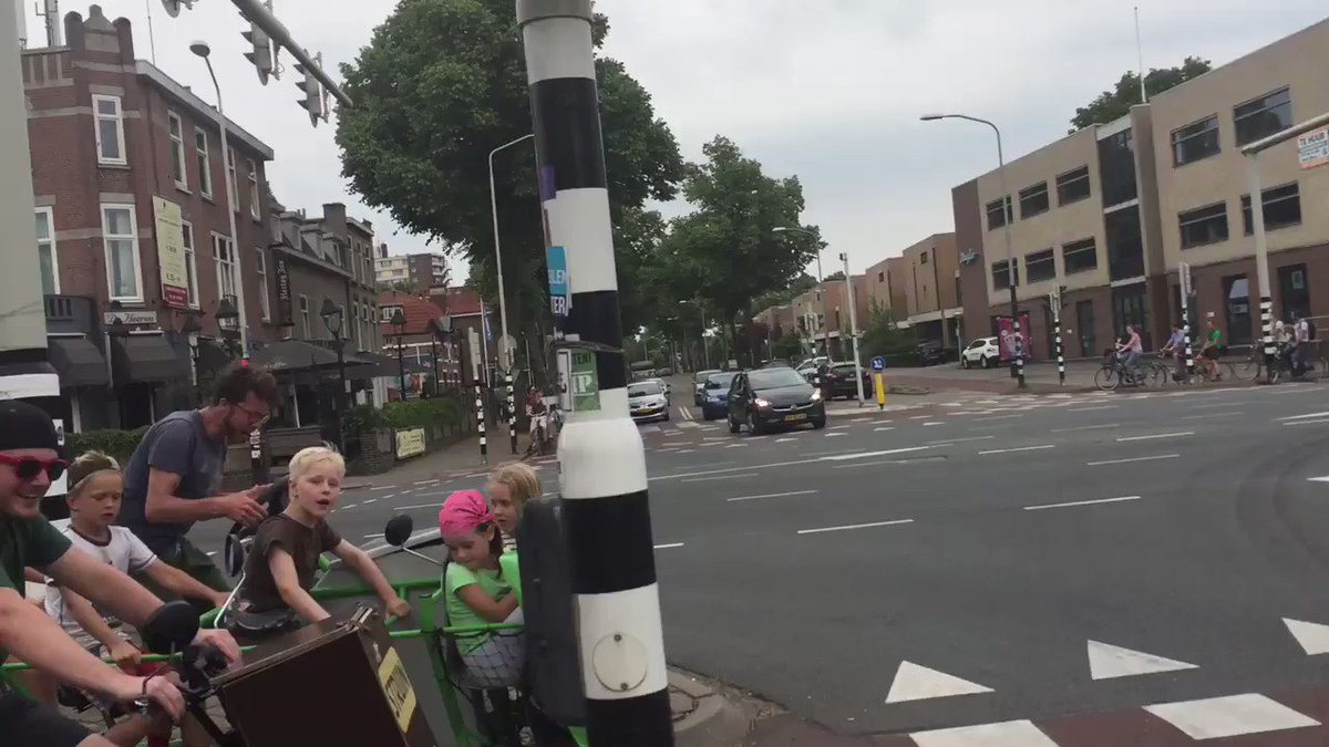 School children on bike buses in Nijmegen, NL Efficient, healthy transport of children!  vid @MartijnLi