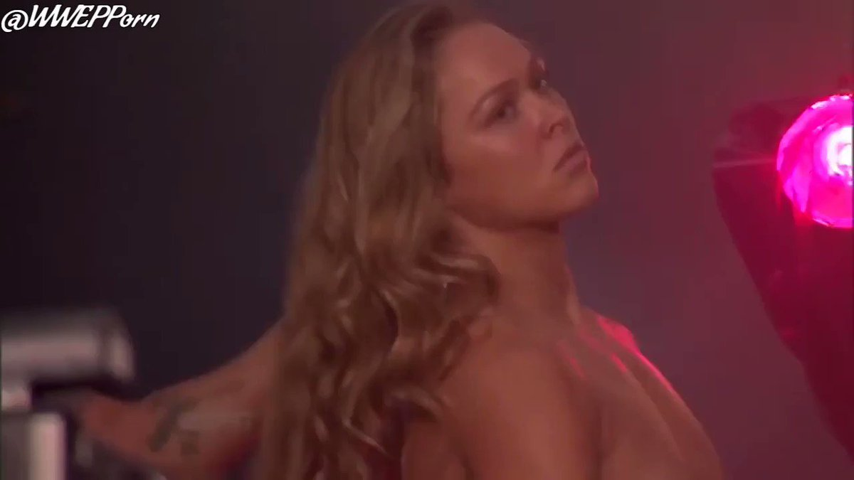 Nackt fotos rousey ronda Ronda Rousey
