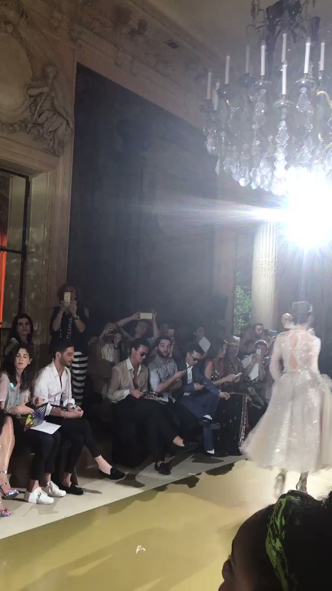 You are the one, the ever one.  That Gibson Girl one... @ZMURADofficial #Hautecouture #paris #fw1718 https://t.co/vcQHuRqAoQ