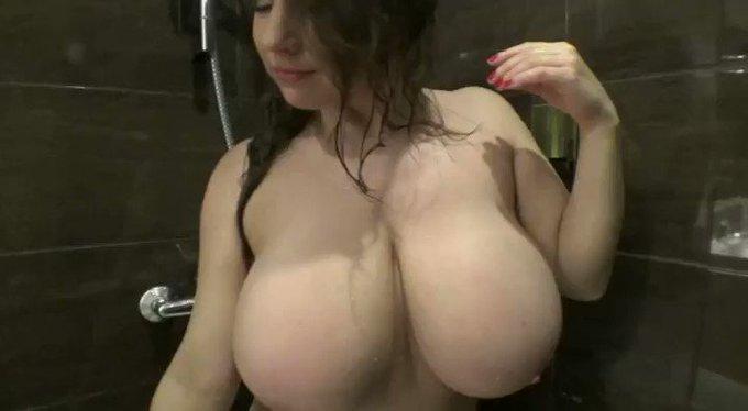 Samanta #bigboobs Shower Play see more at https://t.co/Xwafe7tIKy https://t.co/skM4nKOsNh