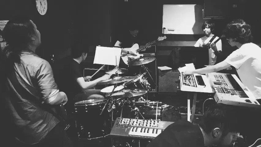 【演奏動画】 オサカナバンド。 sora tob sakana「Summer Plan」 #ドラムのオカズでゴハン https://t.co/jrg6XeQsm2