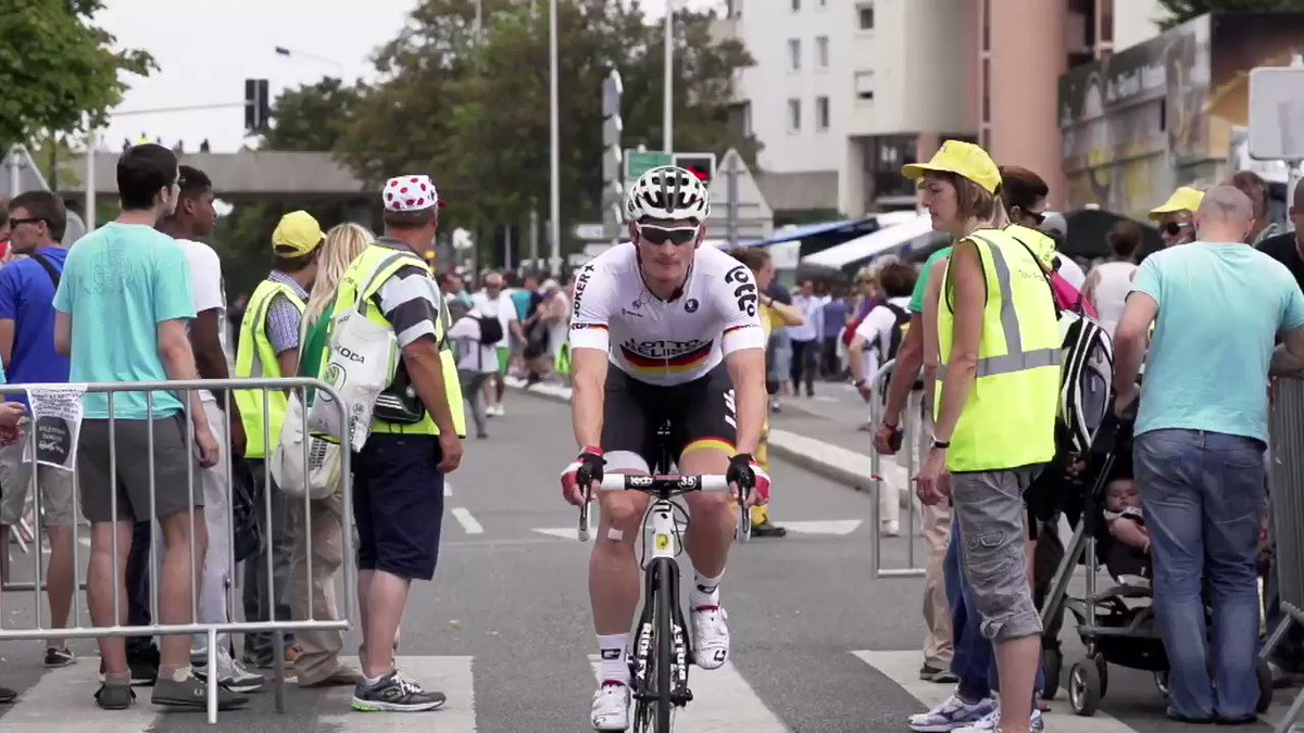 .@AndreGreipel has his own theme song and it's pretty awesome.