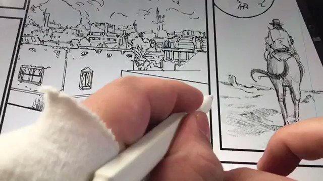 procreateで1番便利と思う機能 「クイックライン」。線を引いて、そのまましばらくペンを止めてると直線に。さらに、指で線の近くをタッチすると水平、垂直にスナップします。建物がサクサク描けて気持ちいいです。