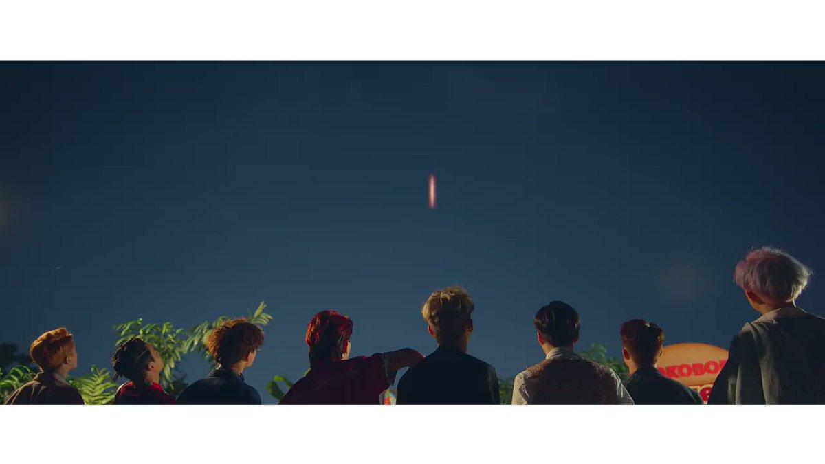 RT @weareoneEXO: #EXO '#叩叩趴 (#KoKoBop)' Music Video Teaser #TheWarEXO #엑소 https://t.co/NGzYoa8eoV