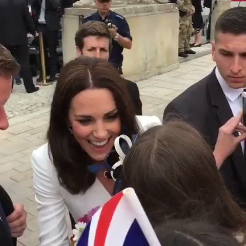 isn't Kate the loveliest woman on this p...
