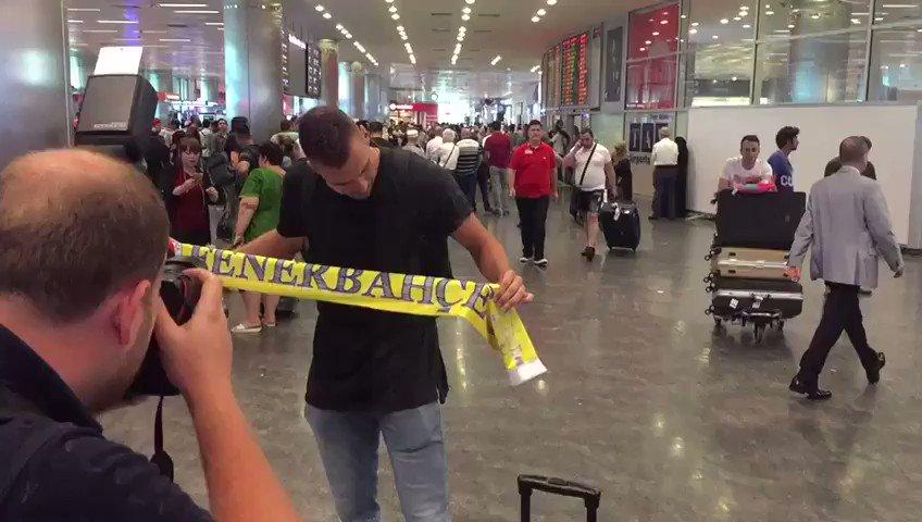 Marko Guduric İstanbul'da! https://t.co/...