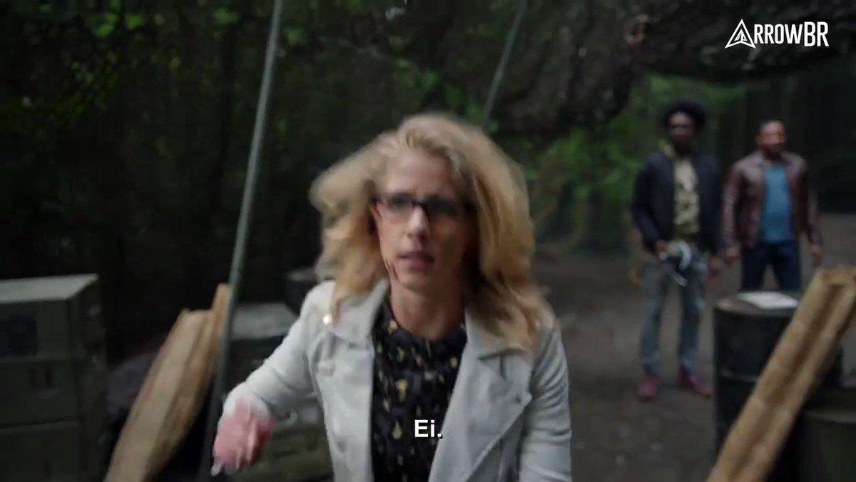 Trailer legendado da sexta temporada de Arrow, que foi apresentando durante a Comic-Con de San Diego! https://t.co/Wvi1j4AO2f