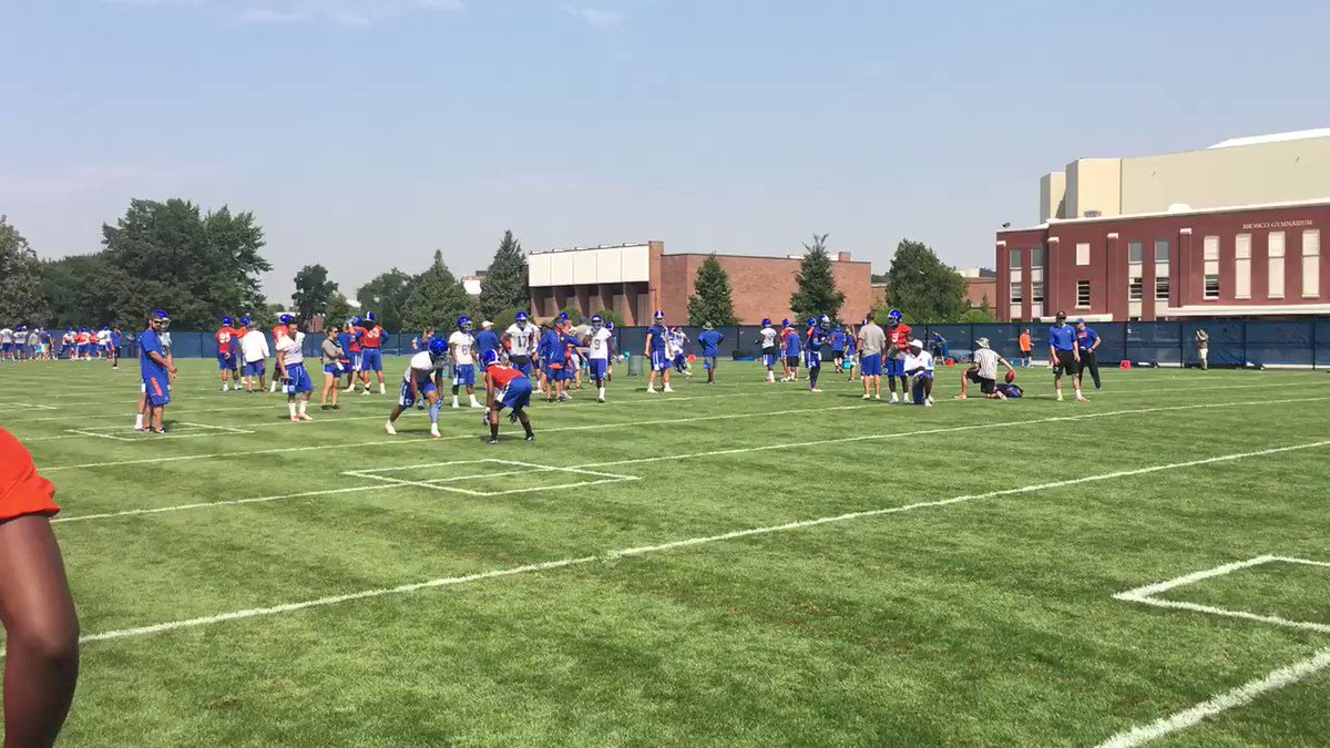 Nice interception from Jalen Walker today in one-on-one drills. https://t.co/3dSYwKQUK2