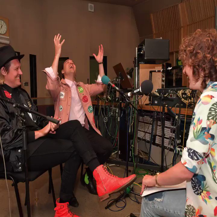 TONIGHT - @arcadefire GIG ON BBC RADIO 1 - HEAR 50 MINS OF LIVE MUSIC AND AN INTERVIEW WITH WIN AND WILL BUTLER https://t.co/xbBuraDWhq