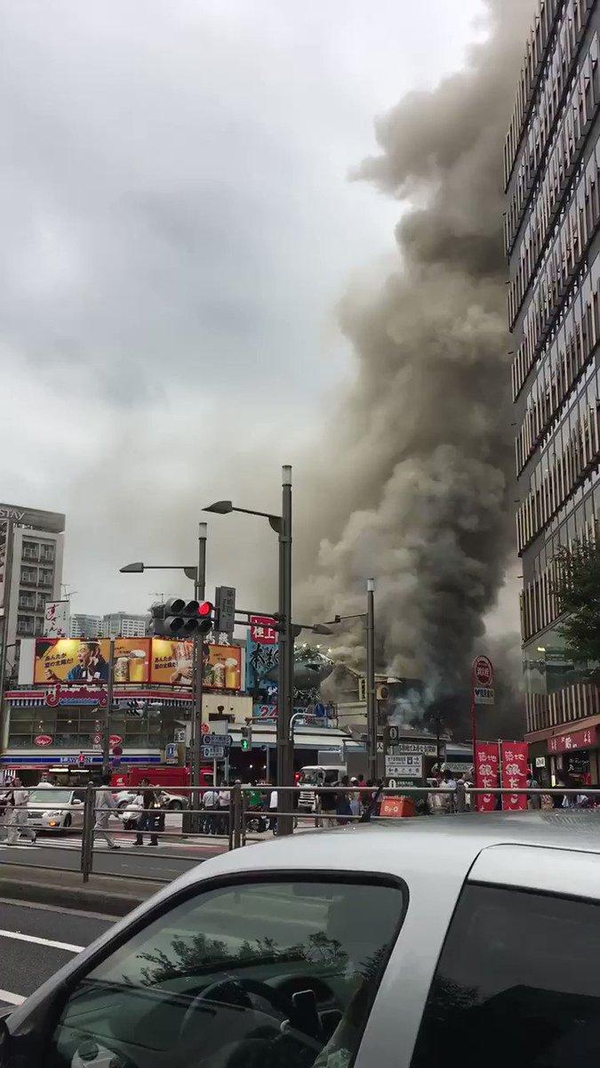 築地の場外市場大火事じゃねえか!🔥 pic.twitter.com/OGbQxgbZ2V