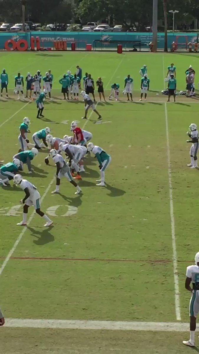 Video: Here's The Moment Ryan Tannehill Hurt His Knee