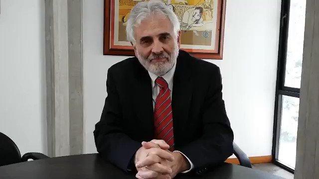 """Palabras del rector de la #Unimet .@bscharifker al país: """"Para poder avanzar tenemos que hacer lo correcto."""" https://t.co/lwrruWsaRS"""