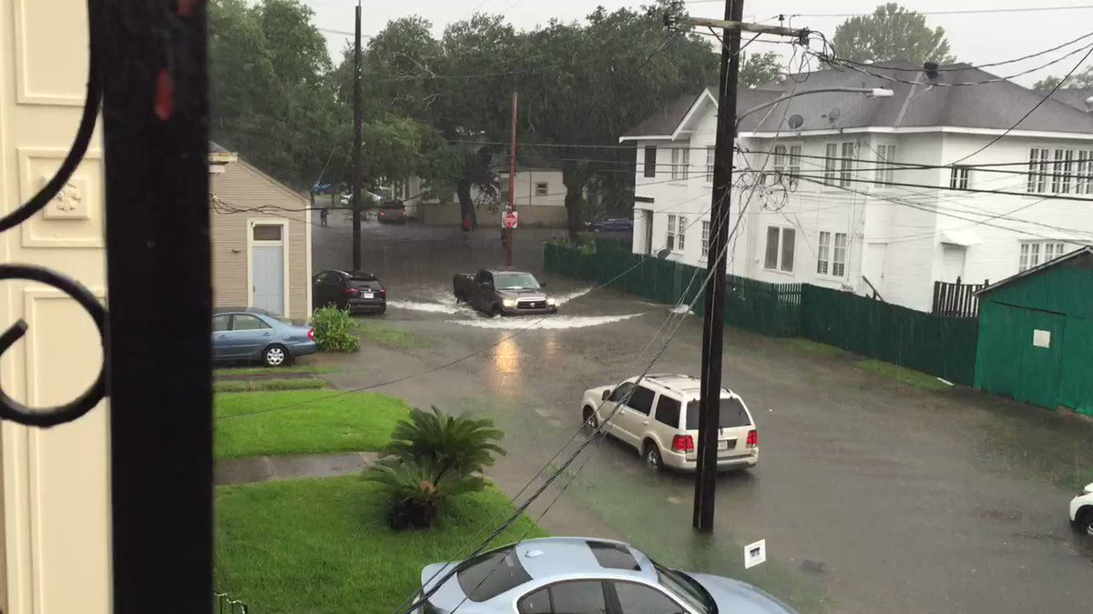 Here's 16 seconds worth watching #nolaflood https://t.co/NnvucxEPUk