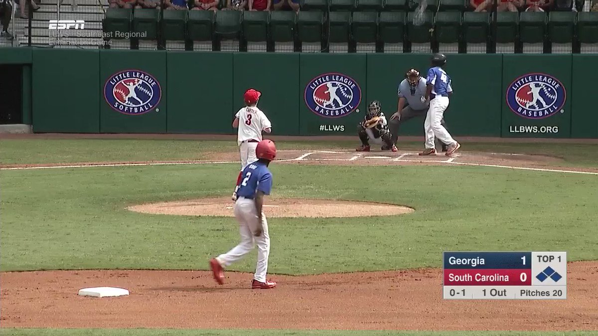 """""""They said he could hit it into the trees ...""""   You were saying? #LLWS https://t.co/QcWJnimLnV"""