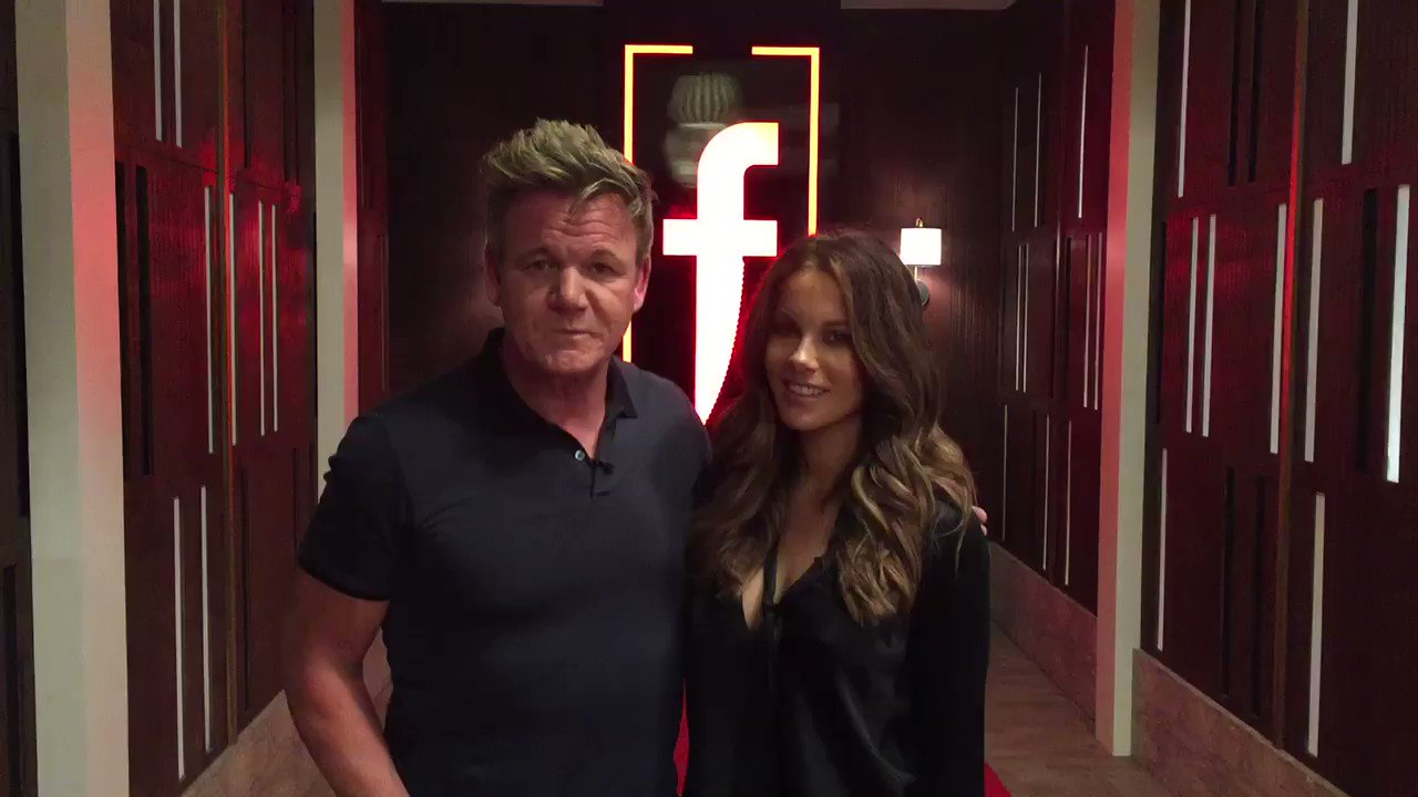 Look who's joining me in the #TheFword restaurant tonight ? It's the amazing @KateBeckinsale ! https://t.co/4JisvzAYxB